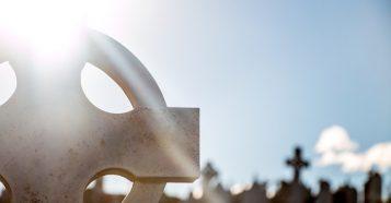 cemetery-690934_640