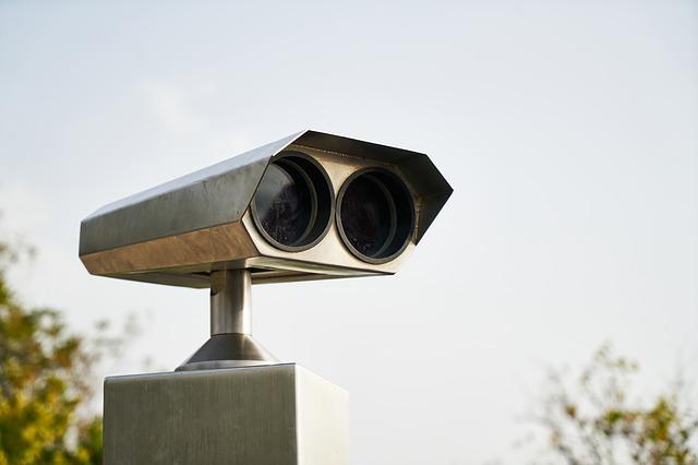 binoculars-3783189_640