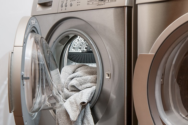washing-machine-2668472_640