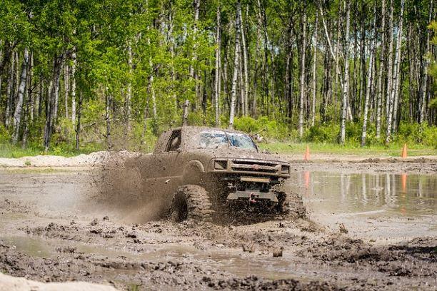 mud-bog-2358844_640
